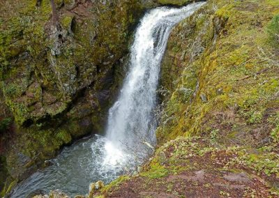 lost-creek-falls-ashland-oregon